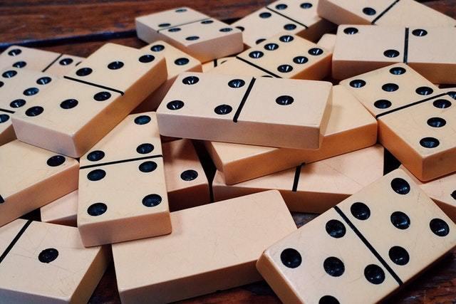 effetto-domino-roccogiannino